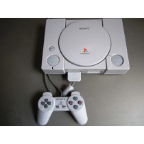 Playstation 1 pakket omgebouwd + Streetfighter collectie